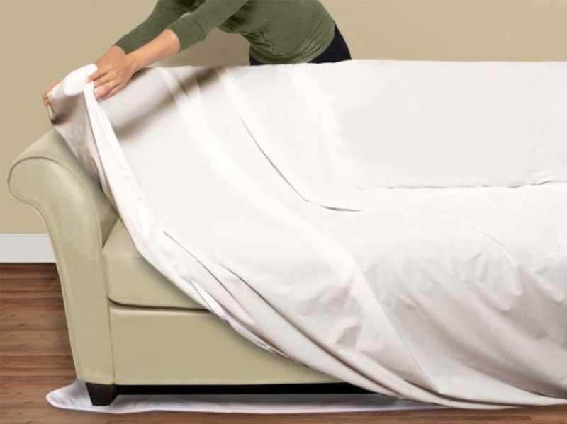 Es gibt winzige weisse Flecken in den Fugen Ihrer Möbel